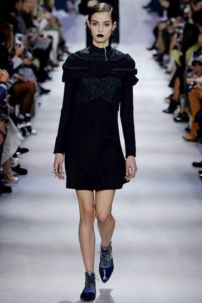 491750a37f0 Christian Dior Autumn Winter 2016 Ready-To-Wear show report ...