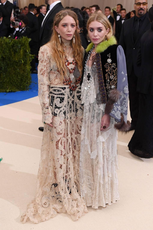 Mary Kate y Ashley Olsen. Foto: Vogue.