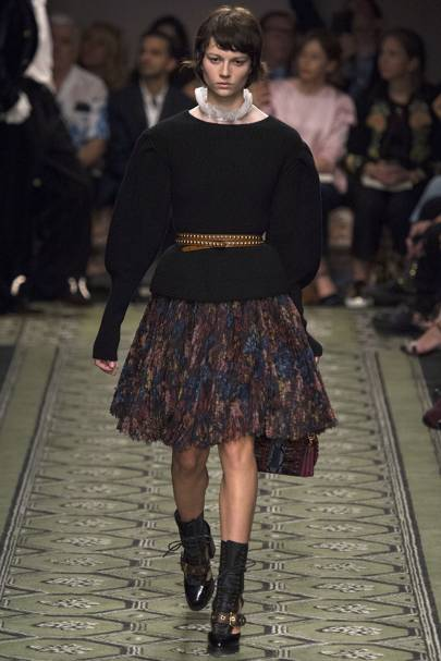 Burberry Autumn Winter 2016 Ready-To-Wear show report  37ed6ca2ec90d