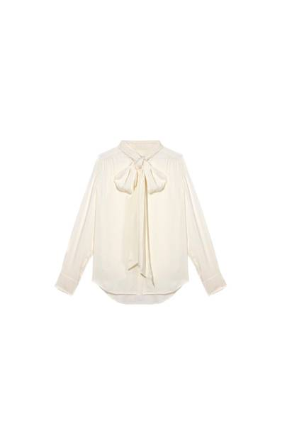 The Pussybow Blouse: