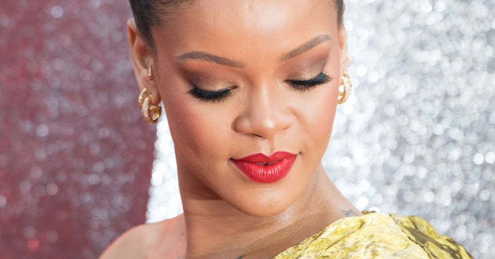 rihanna hairstyles amp hair colour 20052013 pictures vogue