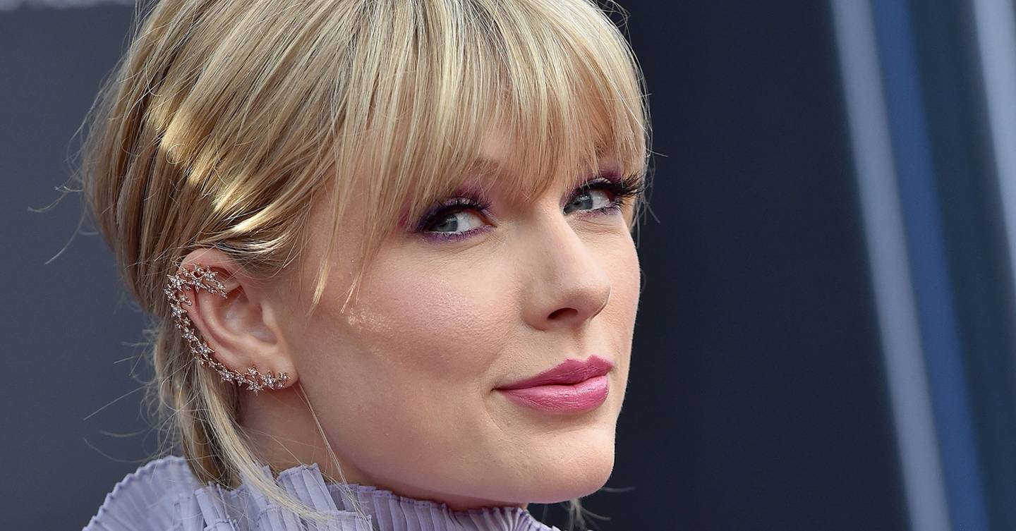 Taylor Swift's Celebrity Pals Have Cameos In Her New Video And They're All Loving It
