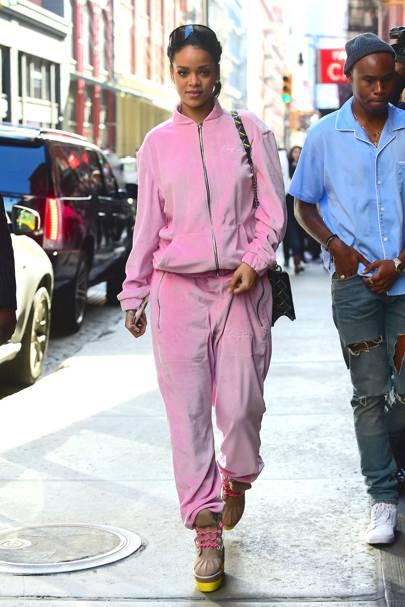 Rihanna, March 2015