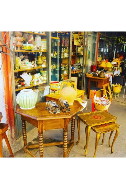 BROWSE: Piazza Ciompi flea market