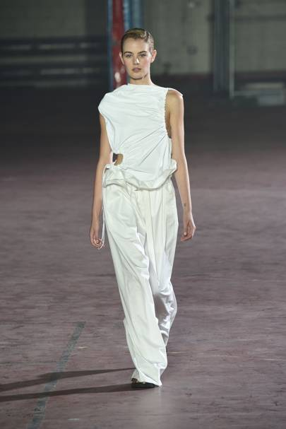 a65ce8cfc29a Joseph Spring Summer 2017 Ready-To-Wear show report