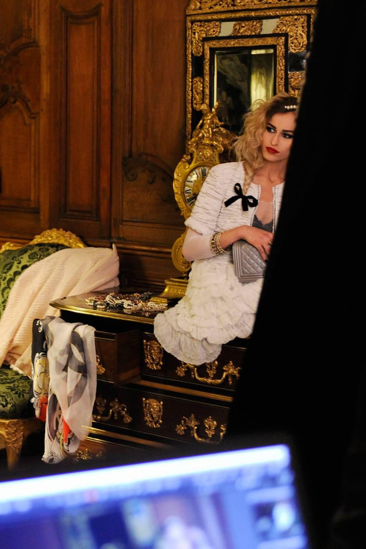 Look - Alice confirmed dellal for chanel video