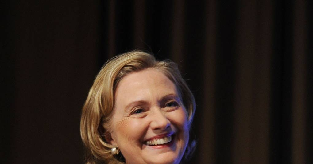 f023e574f1c0 Hillary Clinton To Receive Michael Kors Award - Gods Love We Deliver ...
