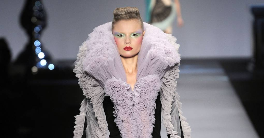 7a7a20a3b Viktor & Rolf Spring/Summer 2010 Ready-To-Wear show report | British Vogue