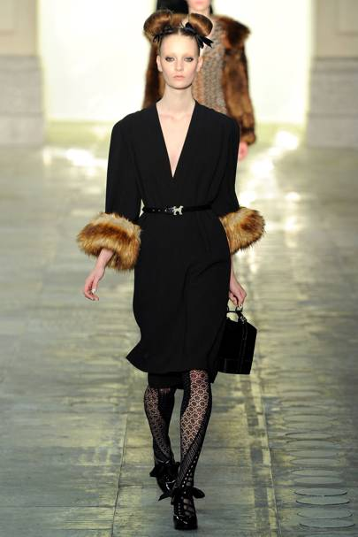 forties glamour fashion trend and tips on voguecom