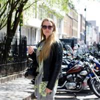 Anneke Ven Der Veer, student
