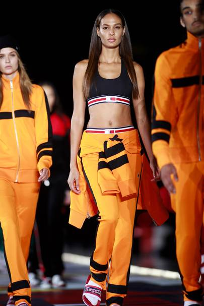 Mia Khalifa Ladies T Teen Models Teen And Model-9935