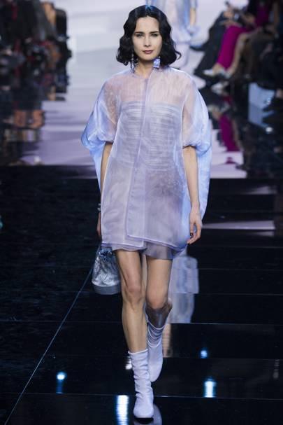 Giorgio Armani Prive Spring Summer 2016 Couture show report ... 3772eeab71