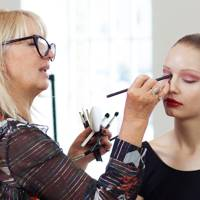 SUPER TUTORIAL: How To Be A Brilliant Make-Up Artist