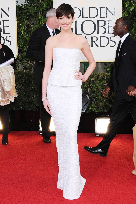 934984070b0c2 Anne Hathaway Style & Fashion Profile | British Vogue