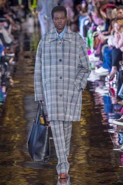 Stella McCartney Autumn/Winter 2018 Ready-To-Wear Collection