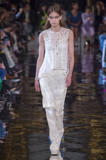 c8acd98d89786c Stella McCartney Autumn/Winter 2018 Ready-To-Wear show report ...
