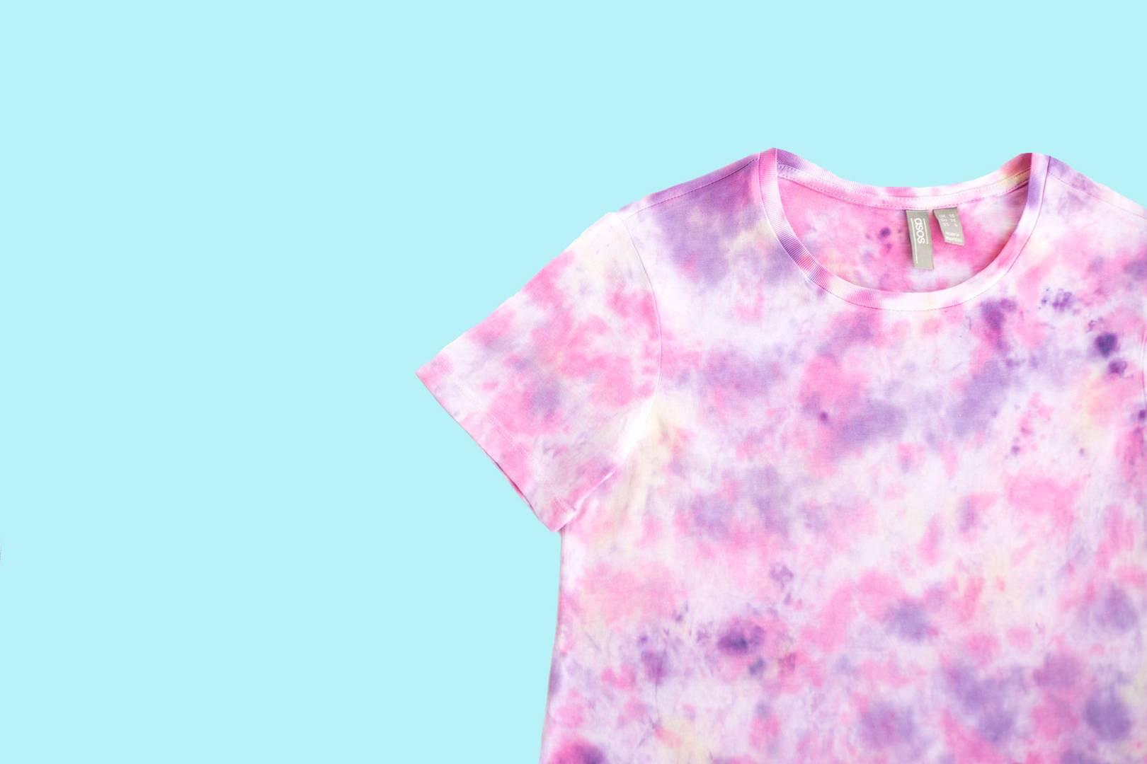 3ef75a060 DIY A Tie-Dye T-Shirt - Tutorial For Spring/Summer 2019 Biggest Catwalk  Trend   British Vogue