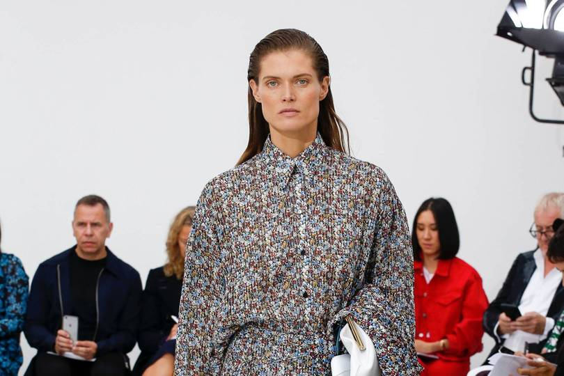 4ee23c185838f Victoria Beckham Spring Summer 2019 Ready-To-Wear show report ...