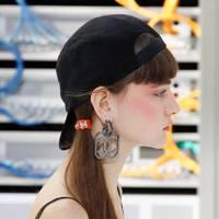 Eighties side ponytail
