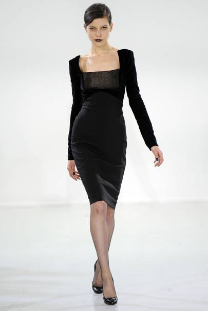 Antonio Berardi Autumn Winter 2010 Ready-To-Wear show report ... 6540ef8d7