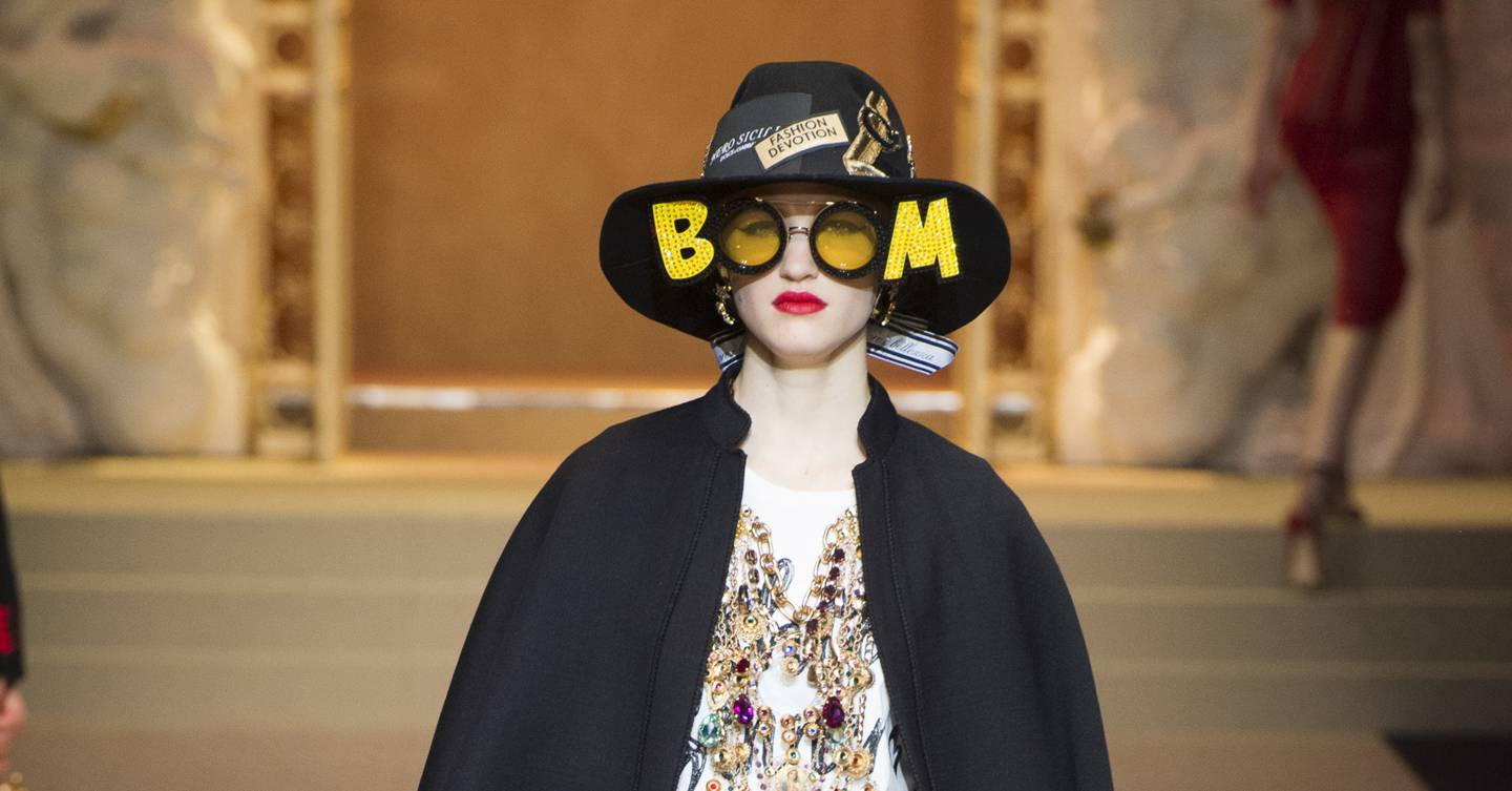 eadf920f851 Dolce   Gabbana Autumn Winter 2018 Ready-To-Wear show report ...