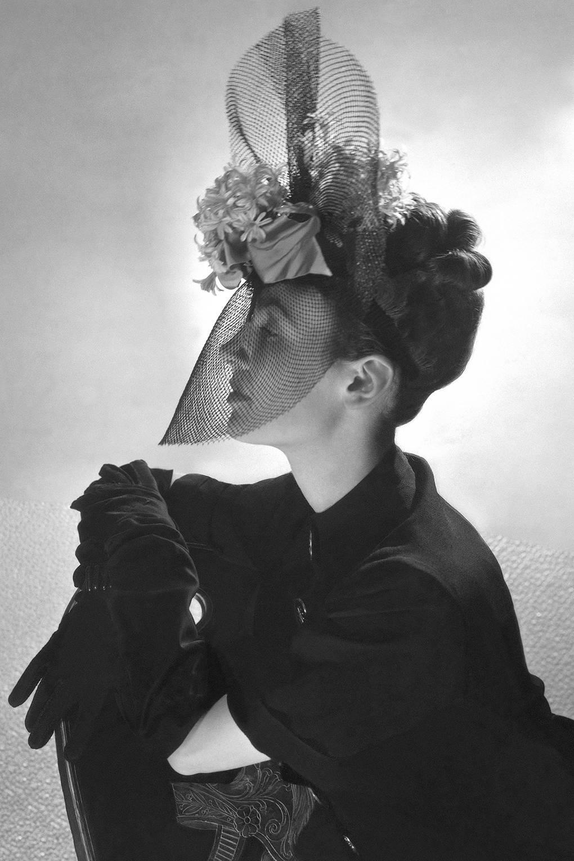 Elsa Schiaparelli  Life In Pictures  bf42e056f69
