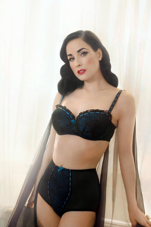 3493dd6fee0 Dita Von Teese Lingerie Von Follies - Underwear Launch