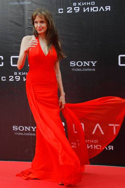 Cher: Angelina Jolie