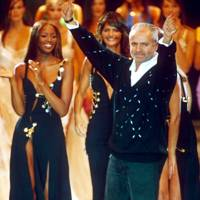 Gianni Versace and Naomi Campbell, 1994