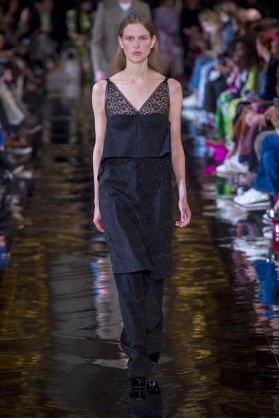 5def565f2d3b Stella McCartney Autumn Winter 2018 Ready-To-Wear show report ...