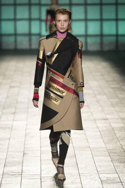 Mary Katrantzou Autumn Winter 2018 Ready To Wear Show Report British Vogue