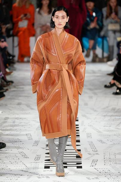 9814676aec0cc Stella McCartney Autumn Winter 2019 Ready-To-Wear show report ...
