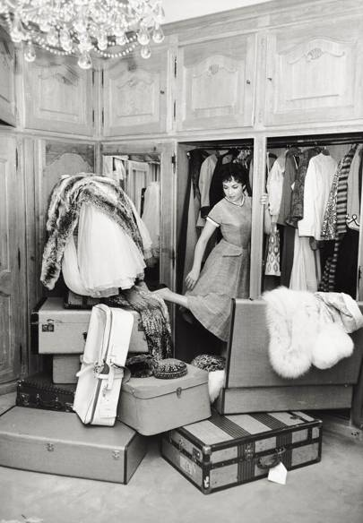 6 Ways To Clear Out Your Wardrobe With A Clean Conscience