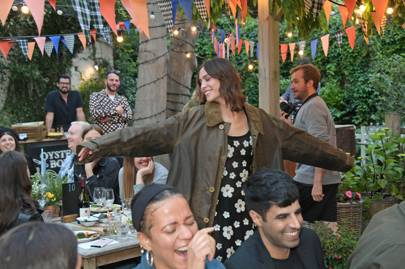 """Alexa Chung Fetes Barbour Collab With """"Simply The Fest"""" Pub Quiz Before Glastonbury"""
