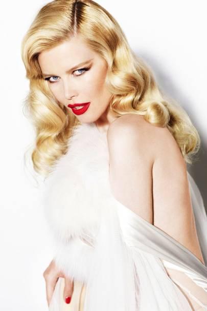 Claudia Schiffer - Vogue December 2010