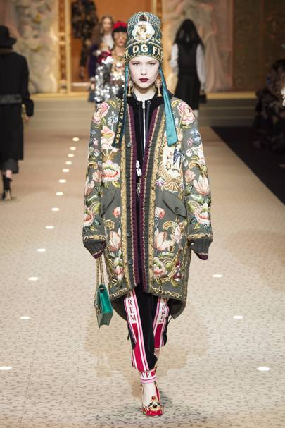 04387d16d250 Dolce   Gabbana Autumn Winter 2018 Ready-To-Wear show report ...
