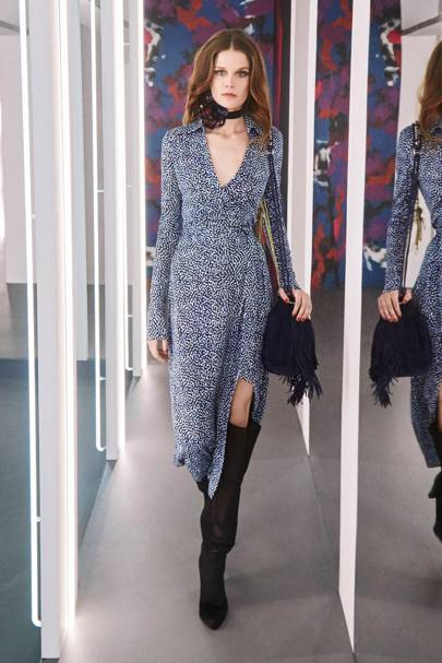 6d0304cd0243 Diane Von Furstenberg Autumn Winter 2016 Ready-To-Wear show report ...
