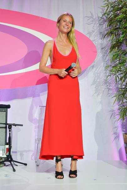 Hamptons Paddle & Party For Pink, New York - August 6 2016