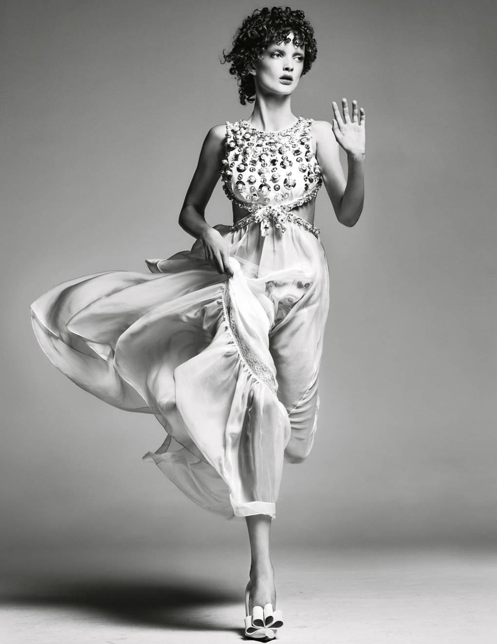 f478909e0c97 Black-Tie Dress Code For Women: The Vogue Guide | British Vogue