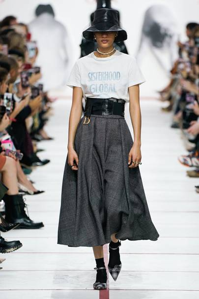 7037e1f36 Christian Dior Autumn/Winter 2019 Ready-To-Wear show report ...