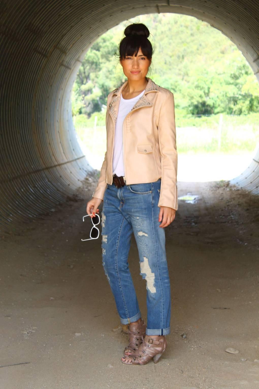 Street Style Photoblog - Readers  Fashion Photos   British Vogue 68edb1865e