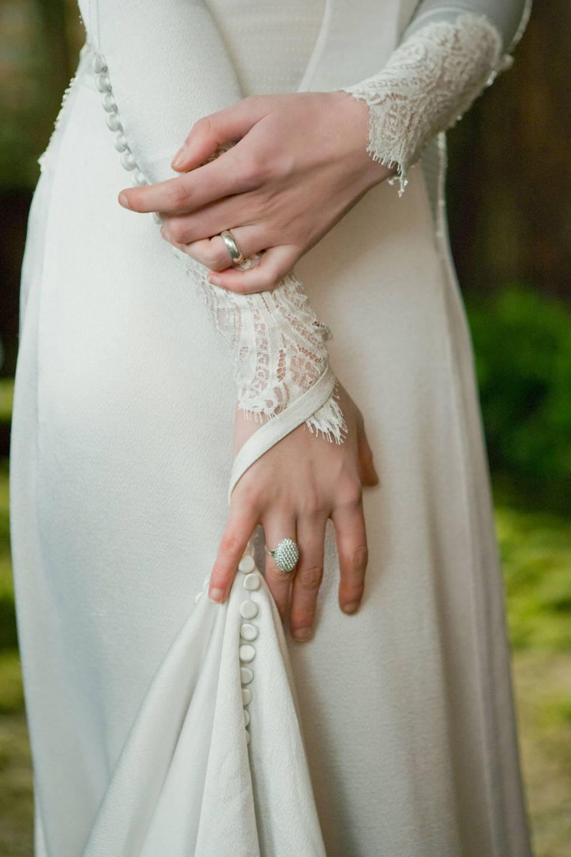 Look - Wedding Twilight dress video