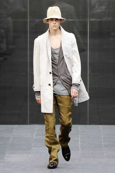 d52589205de Burberry Prorsum Spring Summer 2009 Menswear collection.