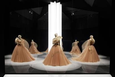 c6e904a3e From The New Look To Now, Inside The V&A's Glorious Dior Exhibition ...