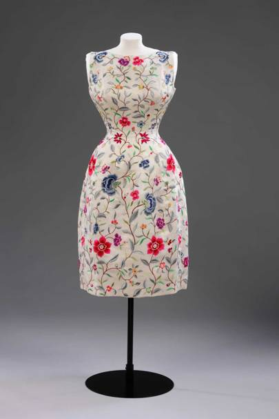 Evening dress in wild silk with embroidery by Lesage, Cristóbal Balenciaga, Paris, 1960-1962
