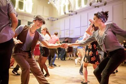 Learn how to swing dance