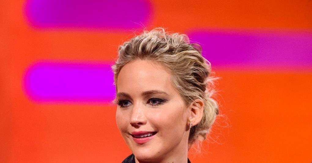 Jennifer Lawrence Says Sorry