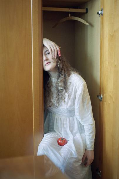 Alena Zhandarova, The Girl With Tomato, Russia 2013