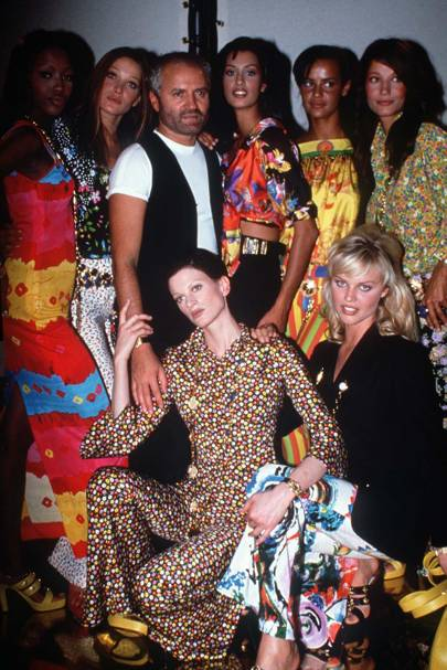 Kirsten McMenamy, Eva Herzigova, Naomi Campbell, Carla Bruni, Gianni Versace, 1992