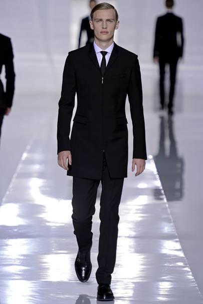 Extrêmement Dior Homme Autumn/Winter 2013 Menswear show report | British Vogue ZY62